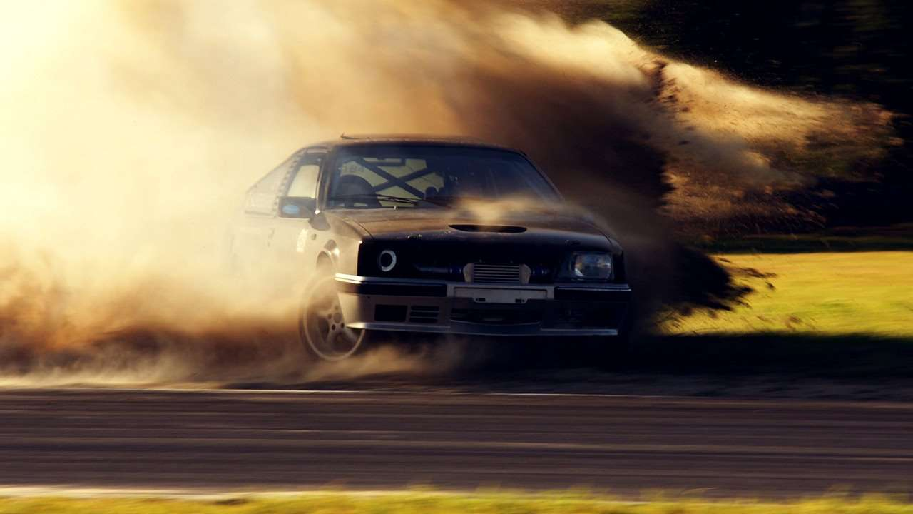 Dirt Drop drifting