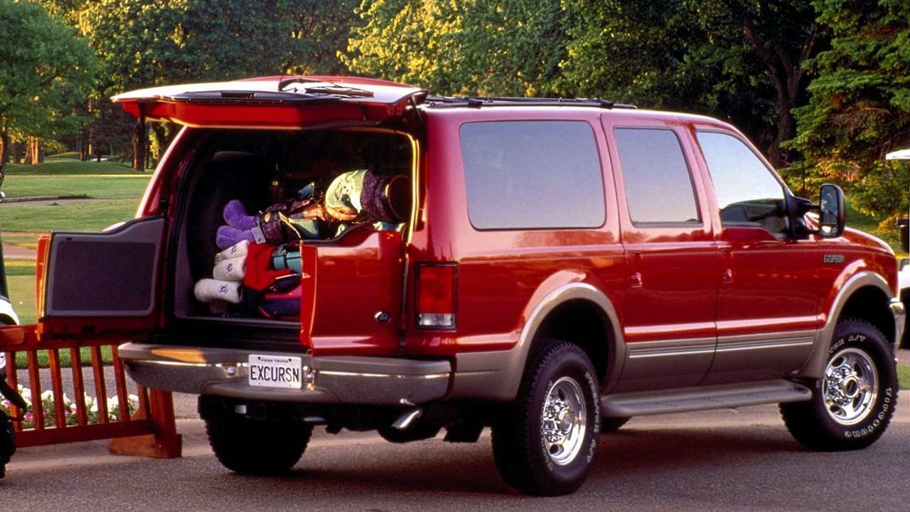 Ford Excursion фото сзади