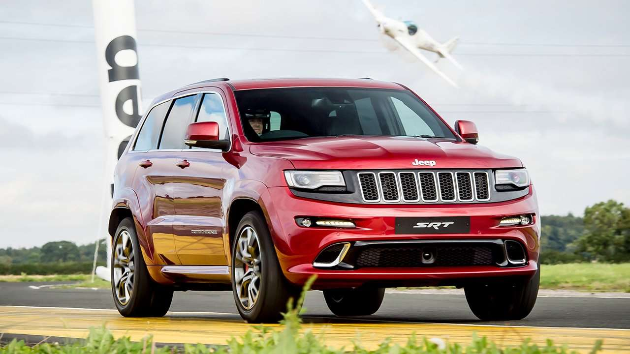 Jeep Grand Cherokee SRT8 2016-2017 WK2 фото спереди
