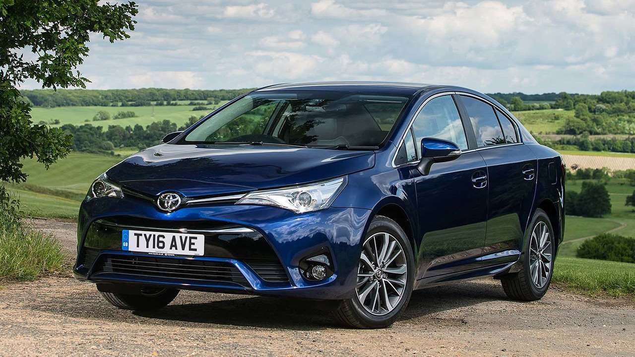 toyota avensis 2017 2018 t27. Black Bedroom Furniture Sets. Home Design Ideas