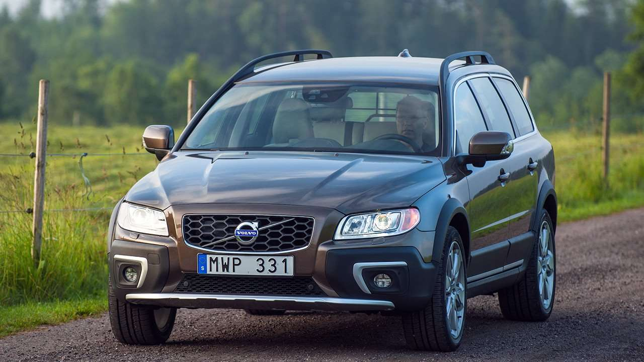 volvo xc70 2012 2017. Black Bedroom Furniture Sets. Home Design Ideas