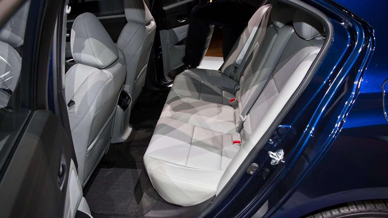 Acura TLX 2014-2017 задний ряд