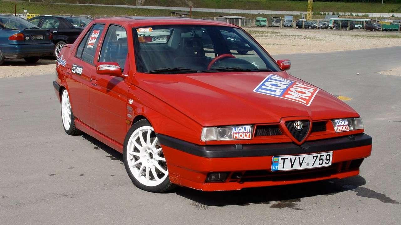 Alfa Romeo 155 фото морды