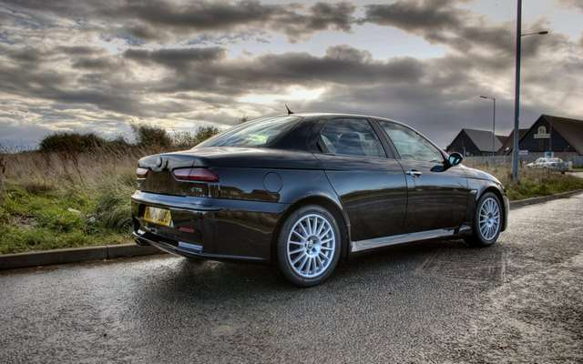 Alfa Romeo 156 GTA сзади