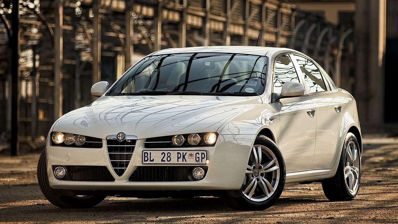 Alfa Romeo 159 фото спереди