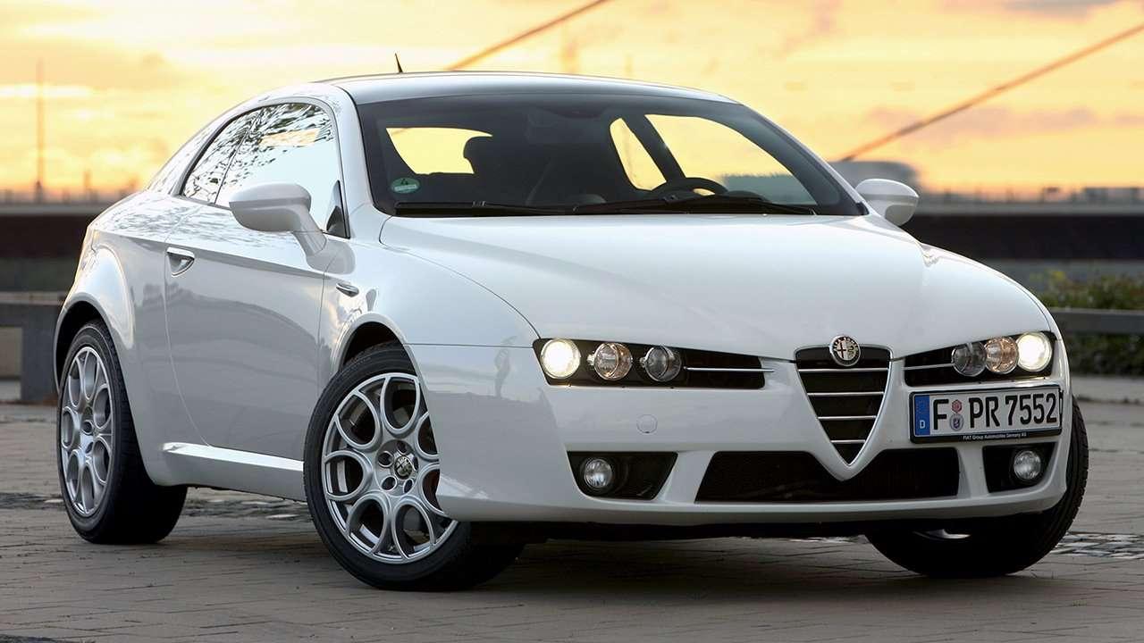 Alfa Romeo Brera фото передней части