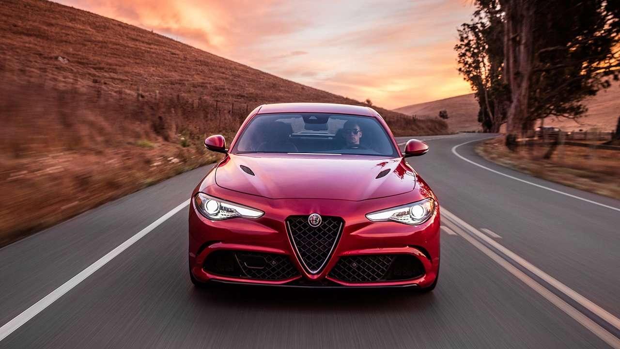 Alfa Romeo Giulia 2020-2021 фото морды