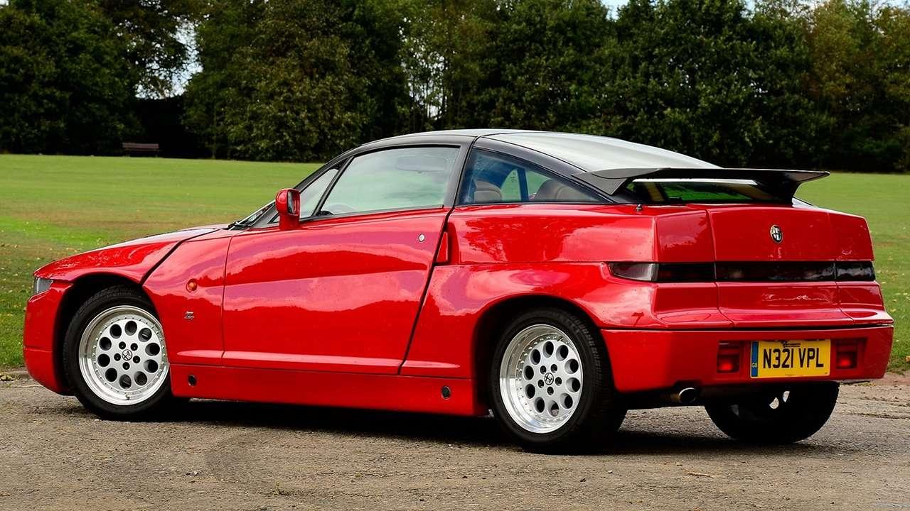 Alfa Romeo SZ фото сзади