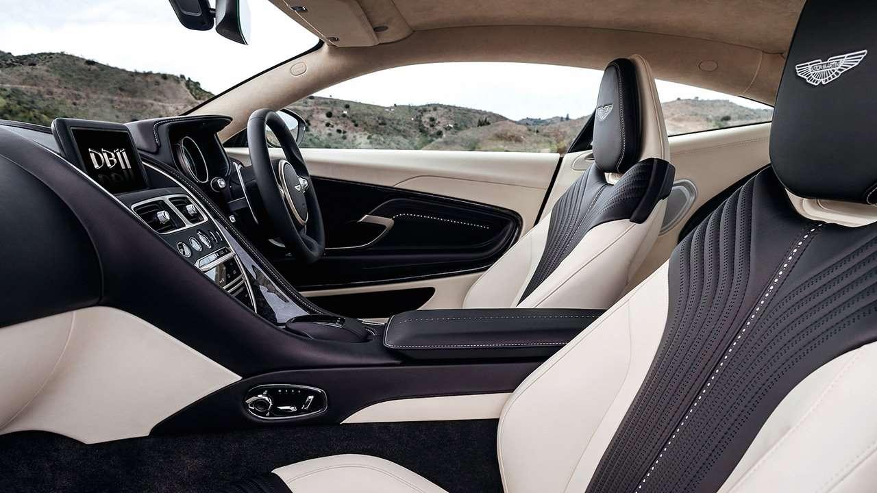 Aston Martin DB11 2020-2021 фото сидений