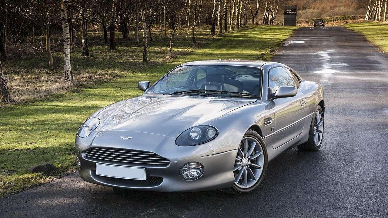 Aston Martin DB7 фото спереди