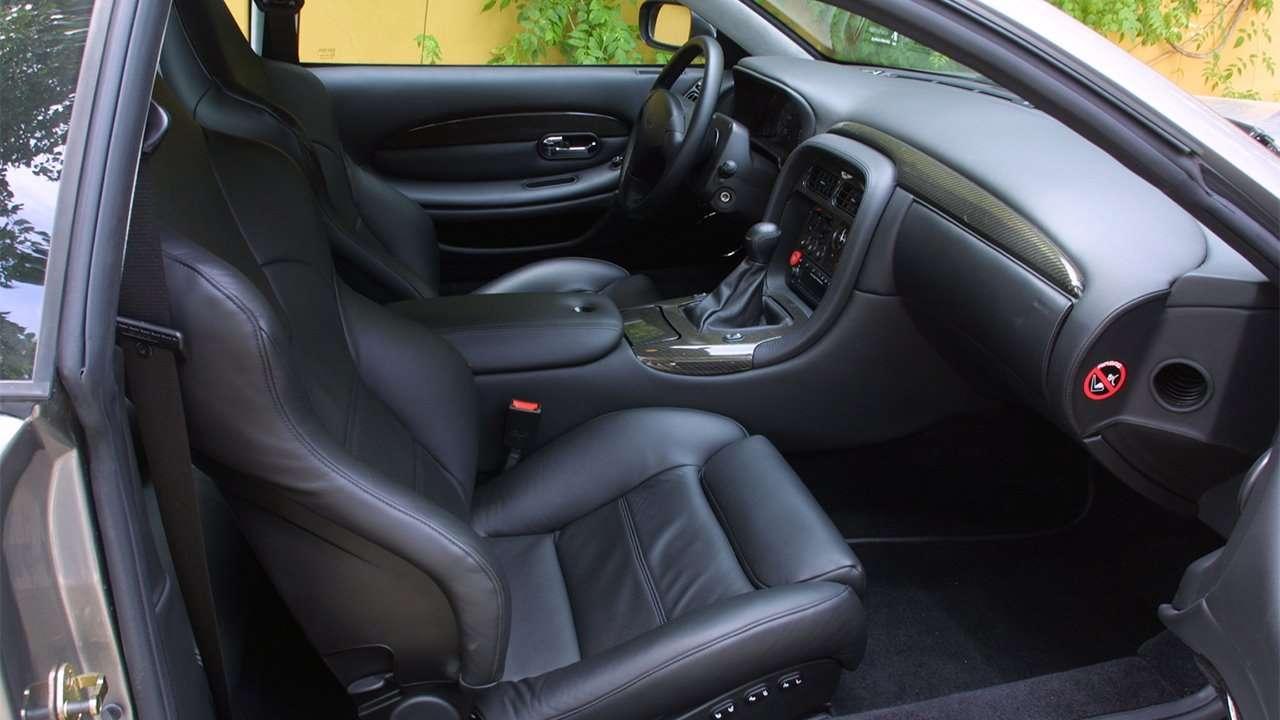 Сиденья Aston Martin DB7