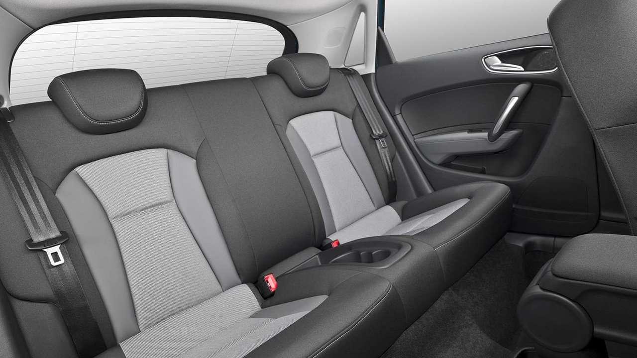 Audi A1 Sportback 2014-2017 фото двери