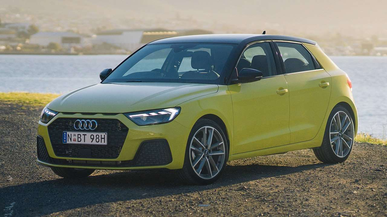 Audi A1 Sportback 2020-2021 фото спереди