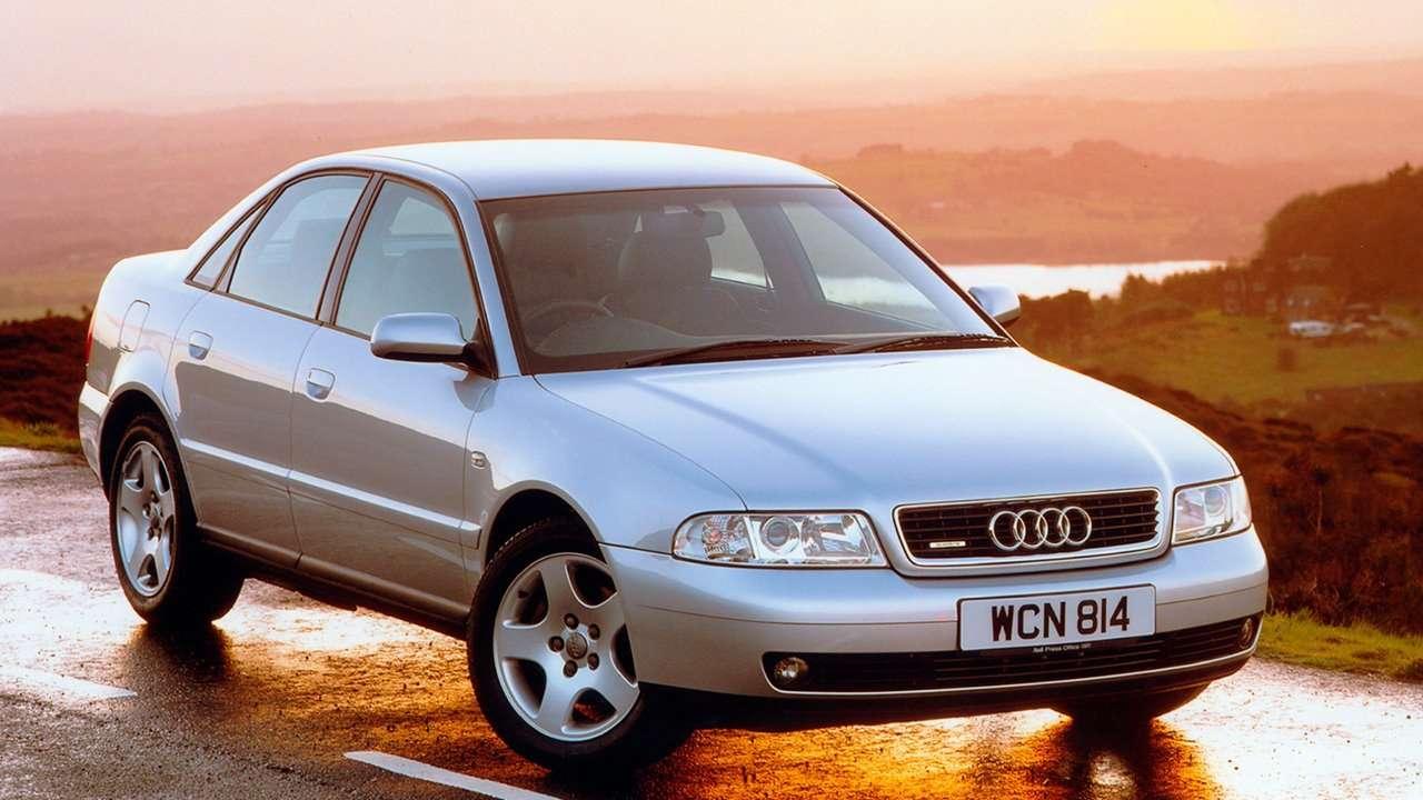 Audi A4 b5 фото спереди