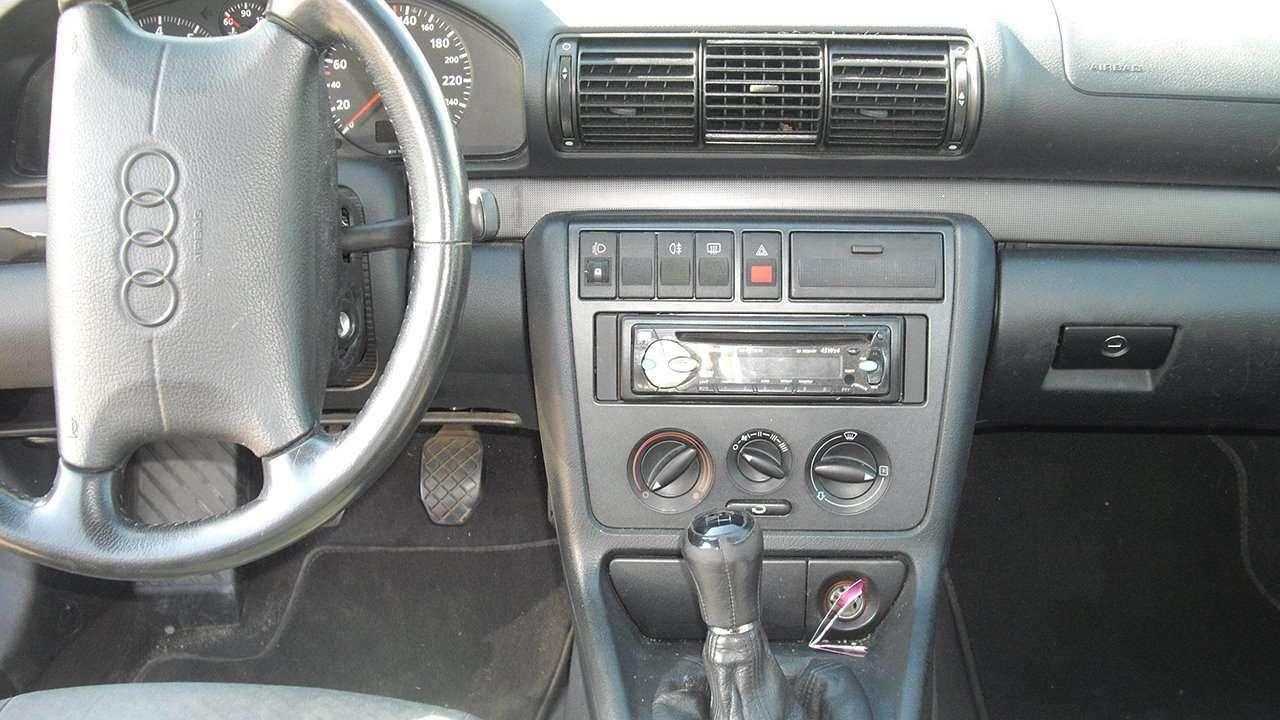 Audi A4 b5 фото салона