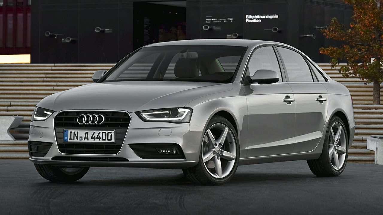 Audi A4 B8 фото спереди