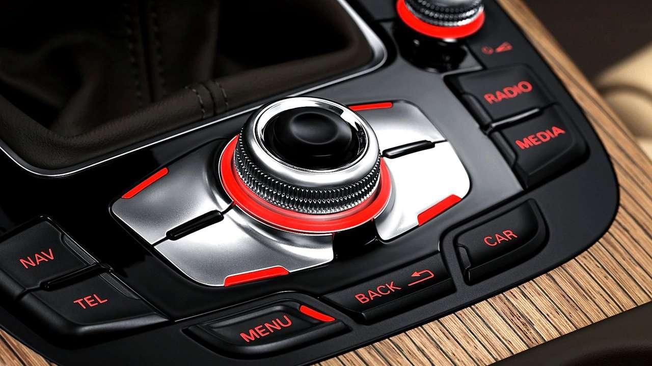 Audi A4 B8 интерьер