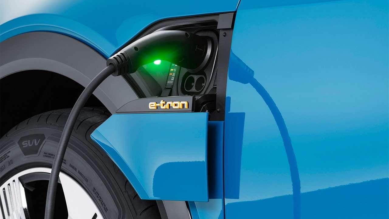 Порт зарядки Audi e-tron