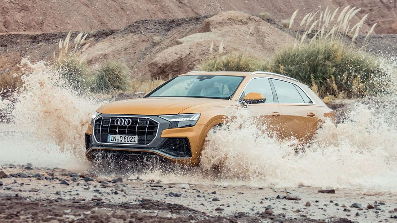 Audi Q8 2020-2021 на бездорожье