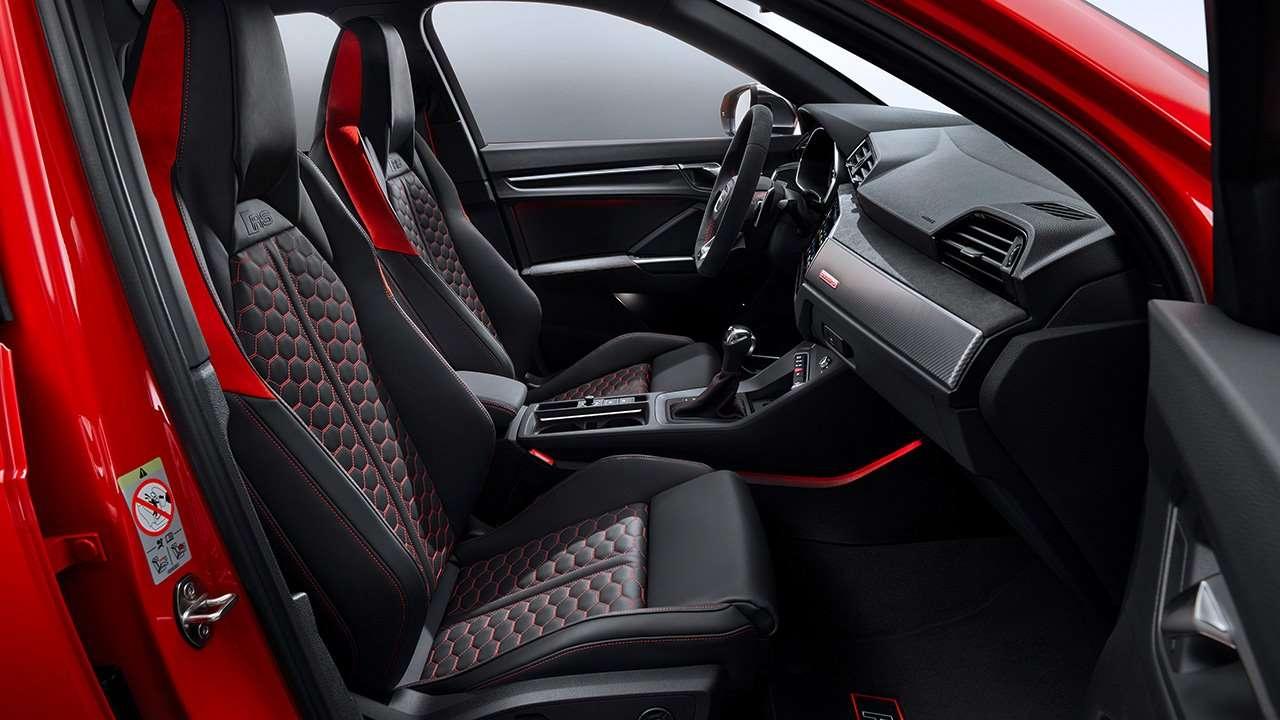 Передние сиденья RS Q3