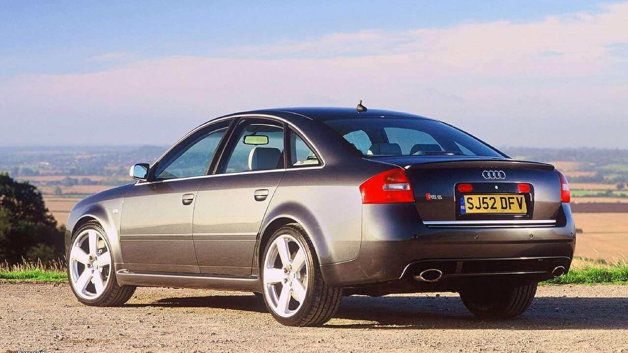 Audi RS6 C5 фото сзади
