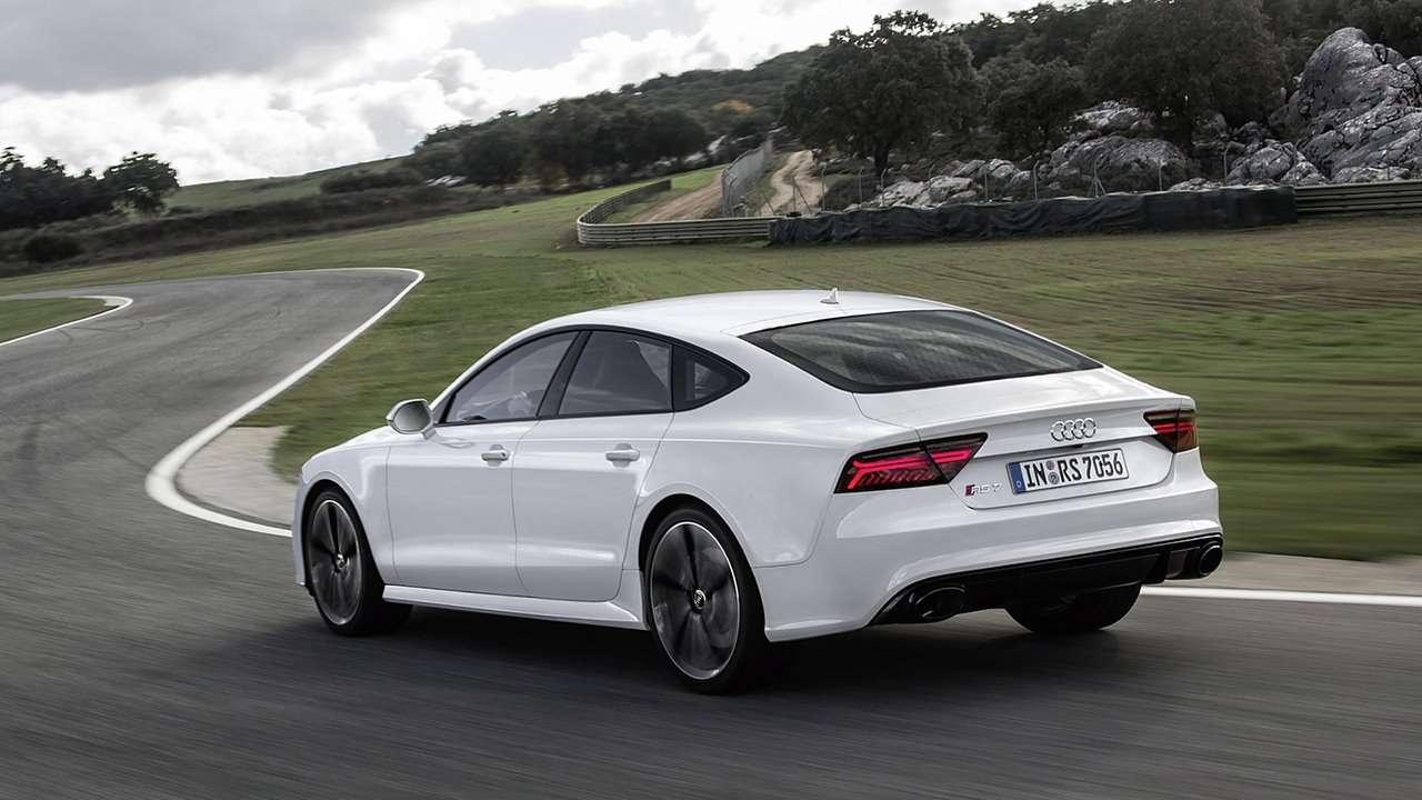 Audi RS7 4G фото сзади