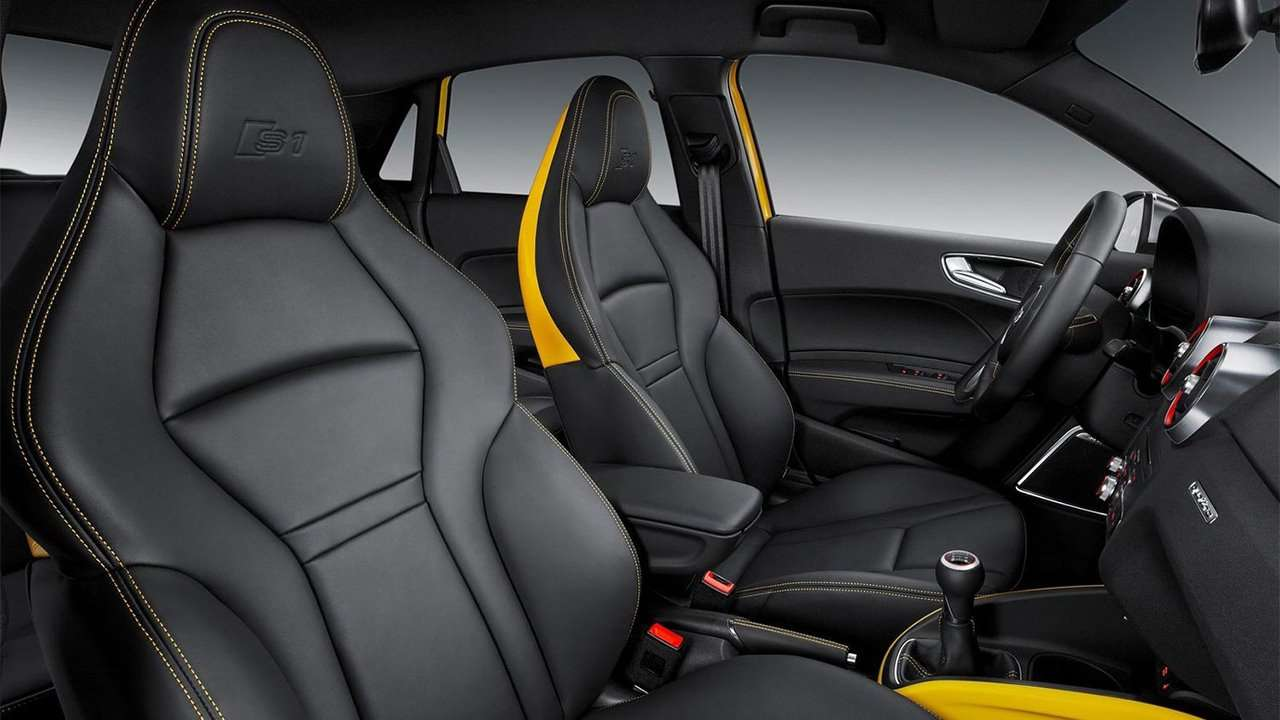 Передние сиденья Audi S1 Sportback