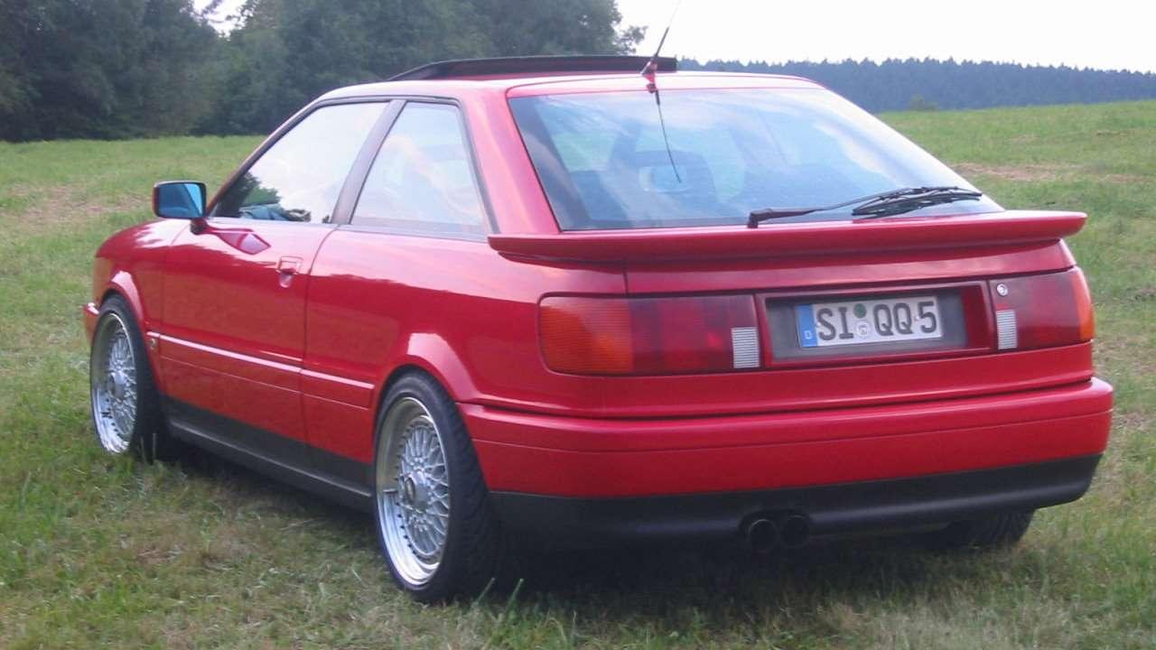 Audi S2 Coupe фото сзади