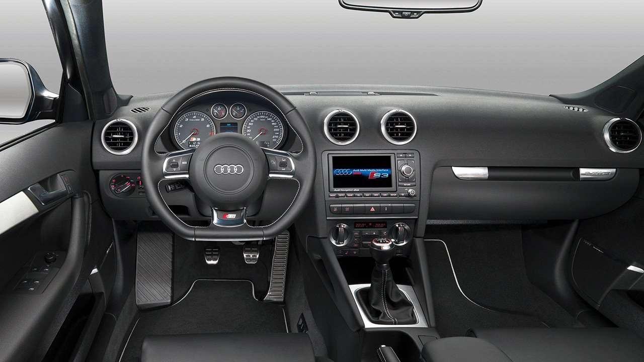 Фото салона Audi S3 8P