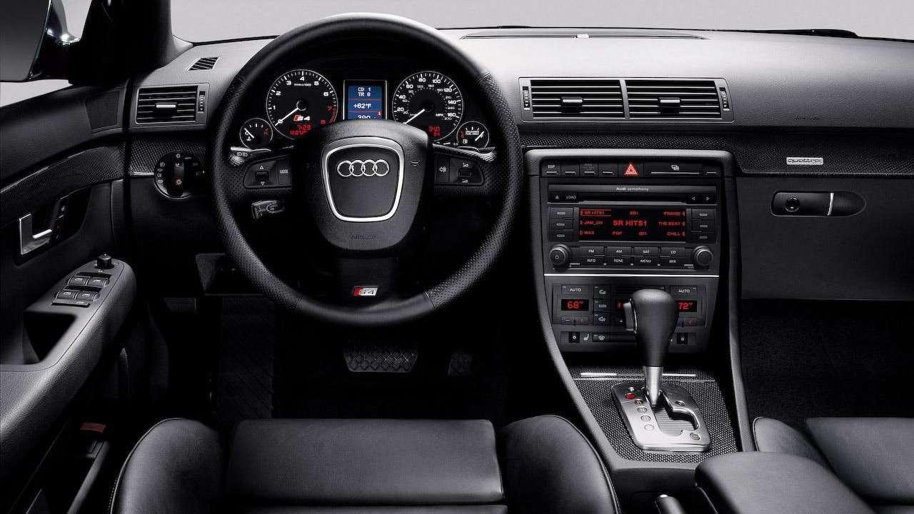 Audi S4 B7 салон