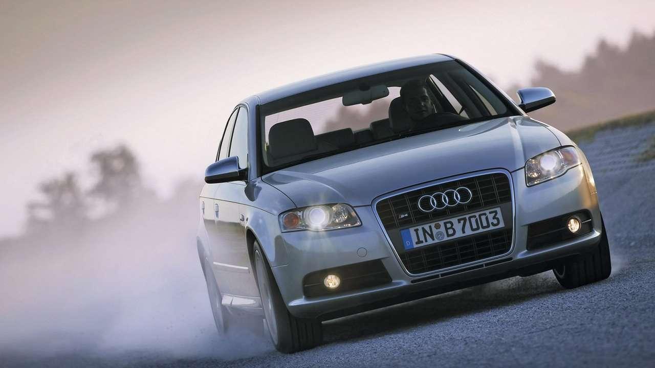 Audi S4 B7 фото морды