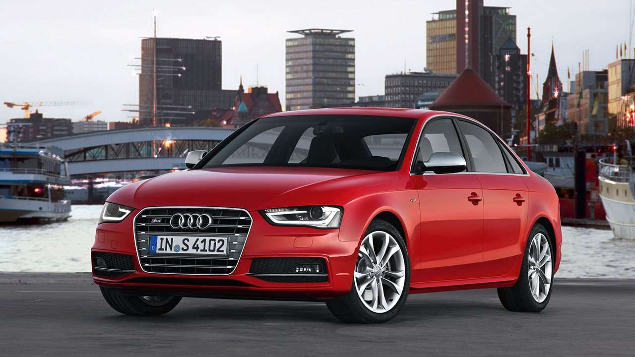 Audi S4 B8 фото спереди