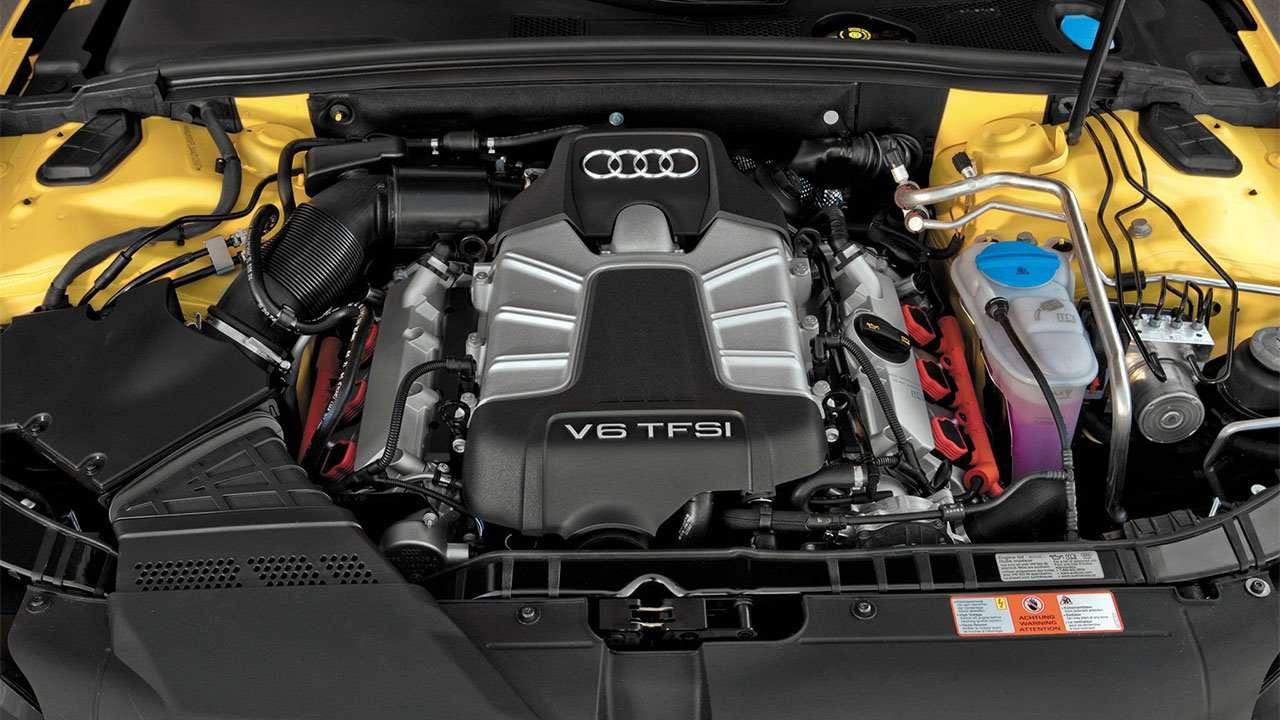 Фото двигателя Ауди S4 B8