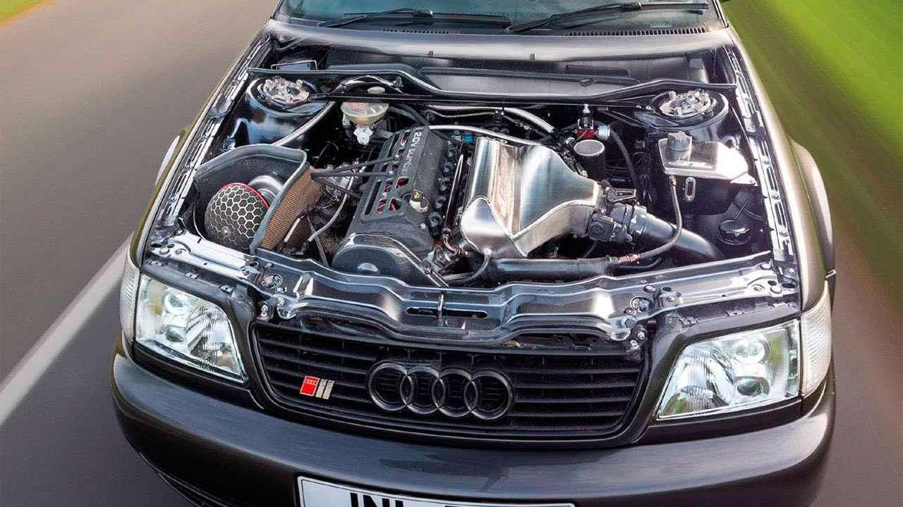 Фото двигателя Audi S6 Ц4