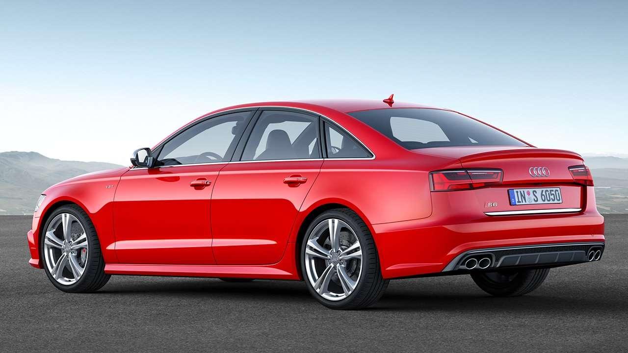 Audi S6 C7 фото сзади