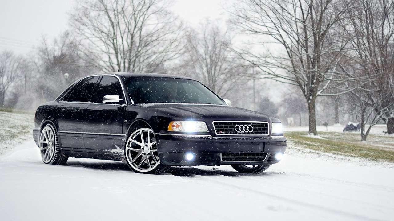 Audi S8 D2 фото морды