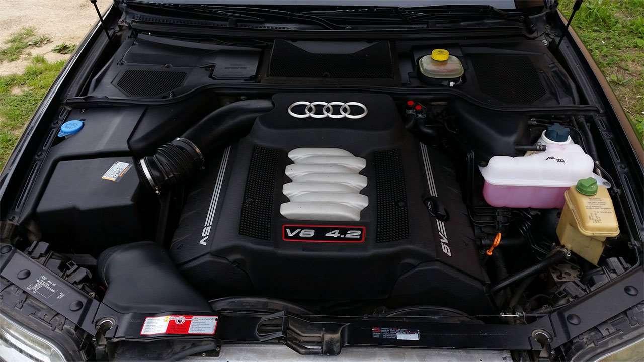Двигатель Audi С8 D2