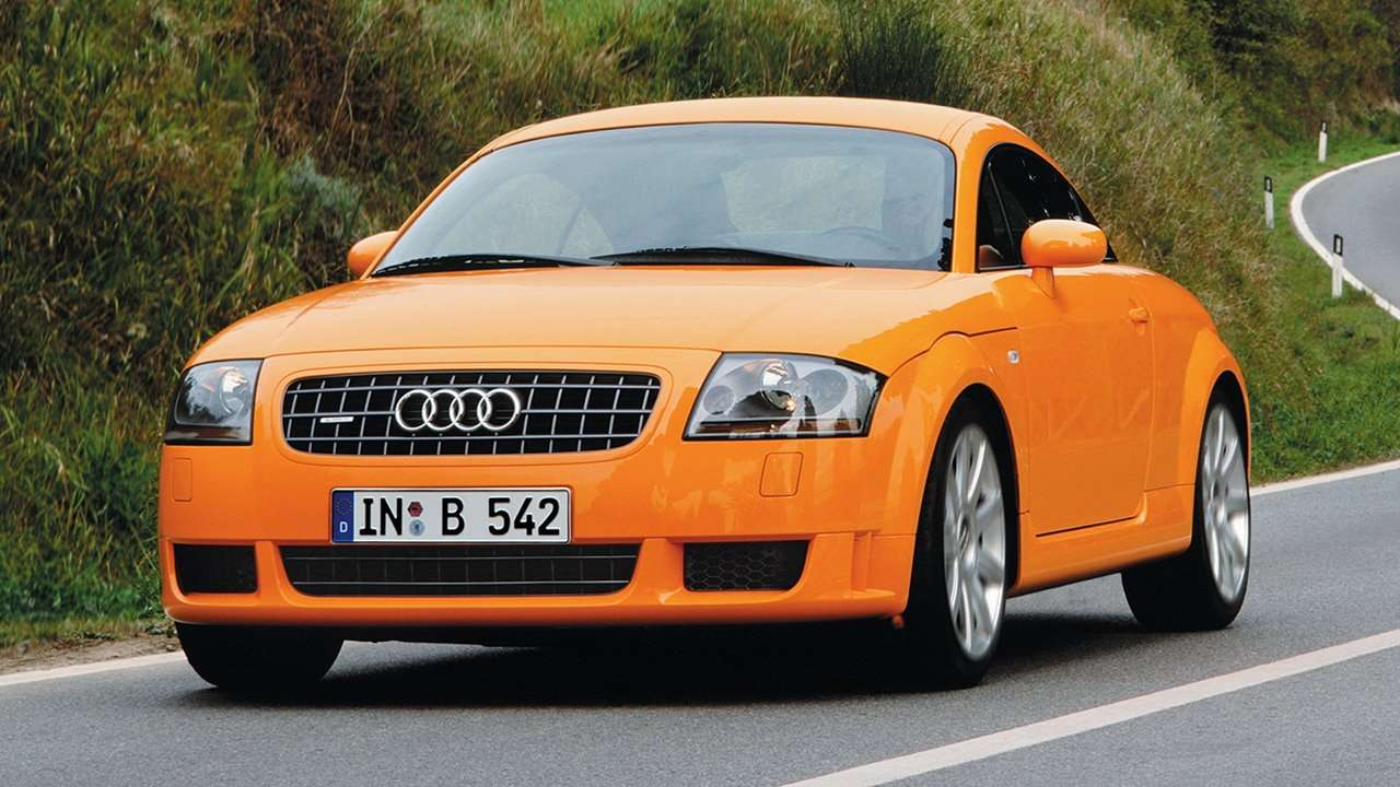 Audi TT 8N фото спереди