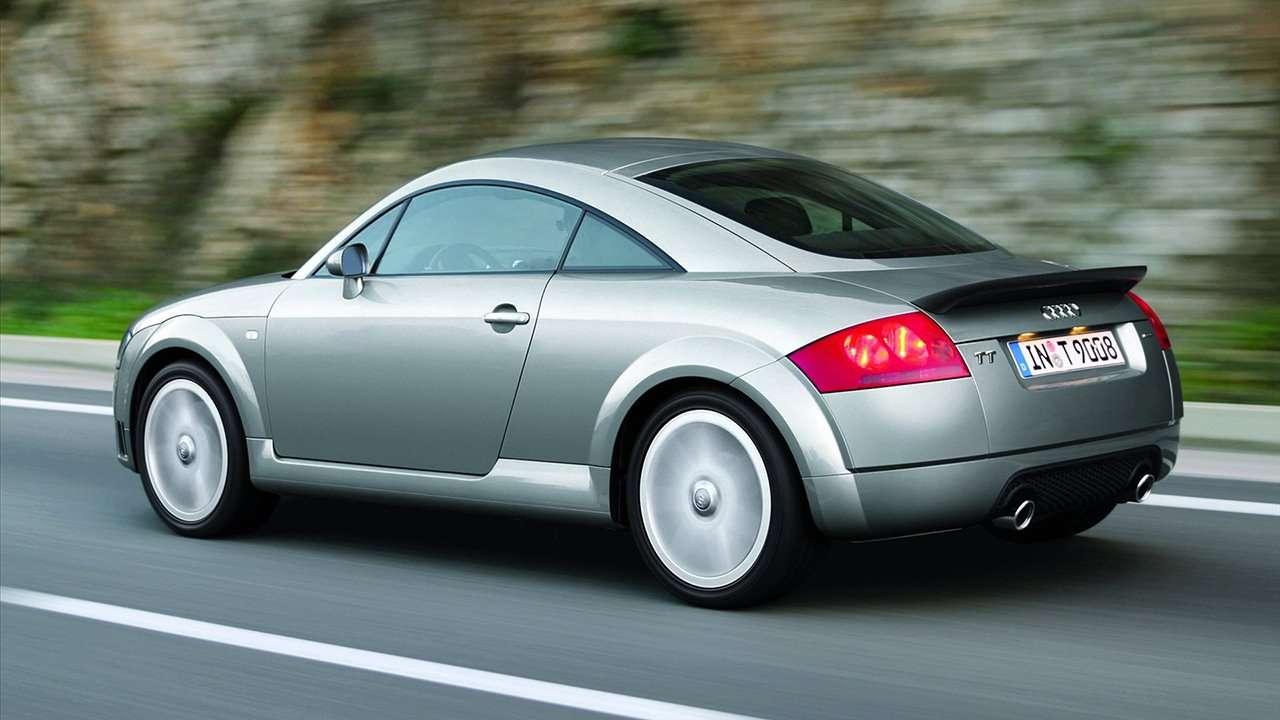 Audi TT 8N фото сзади