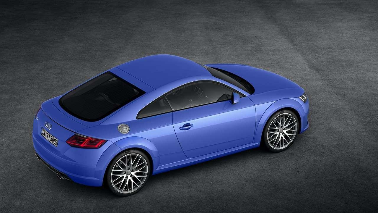 Audi TT 2020-2021 8S фото сзади
