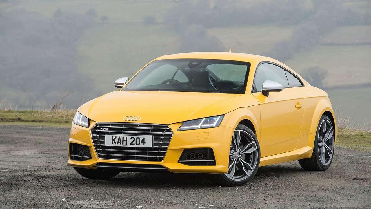 Передняя часть Audi TTS 2020-2021