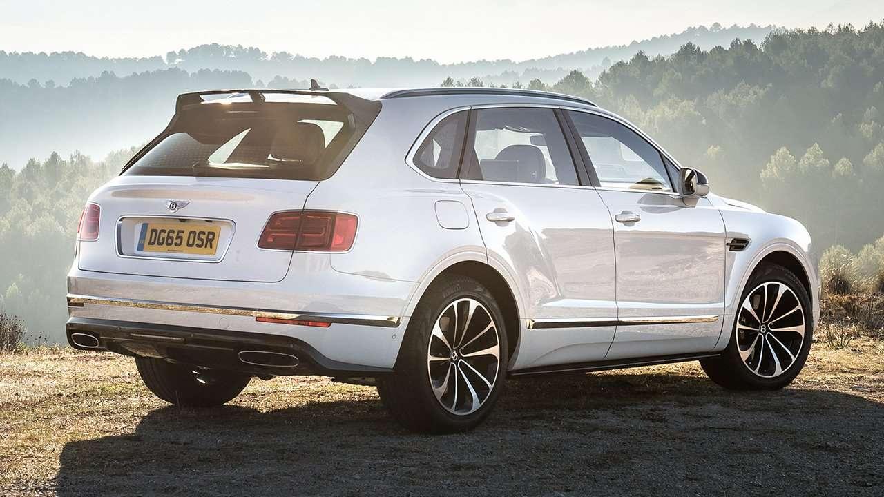 Bentley Bentayga 2020-2021 фото сзади