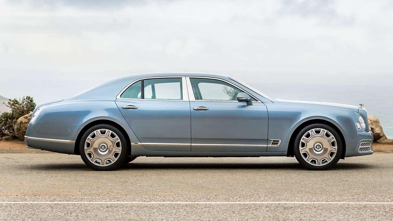 Bentley Mulsanne 2020-2021 фото сбоку