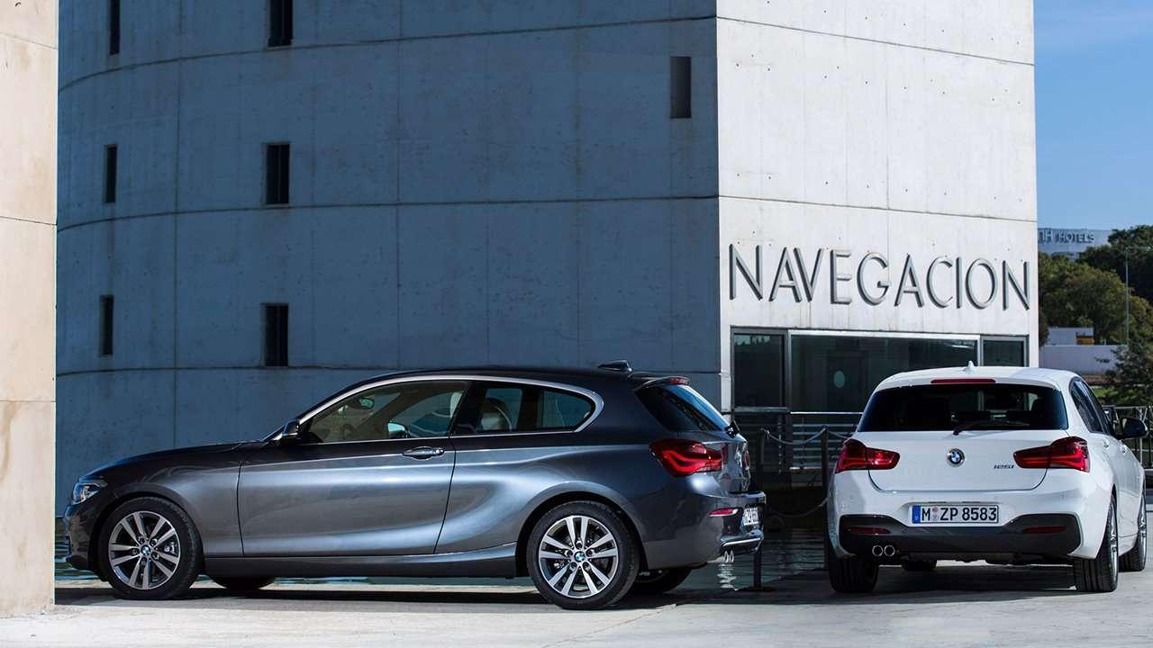 BMW 1-Series 2018-2019 фото двух машин