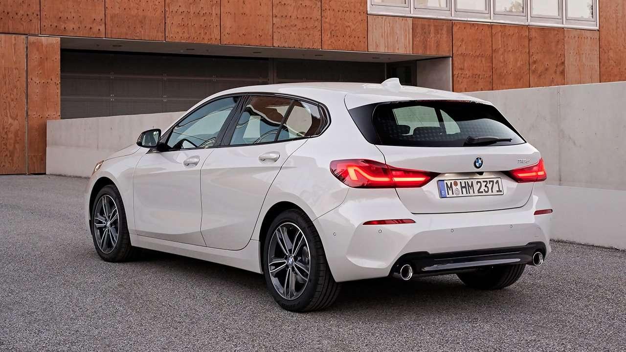 Задняя часть новой BMW 1-Series F40