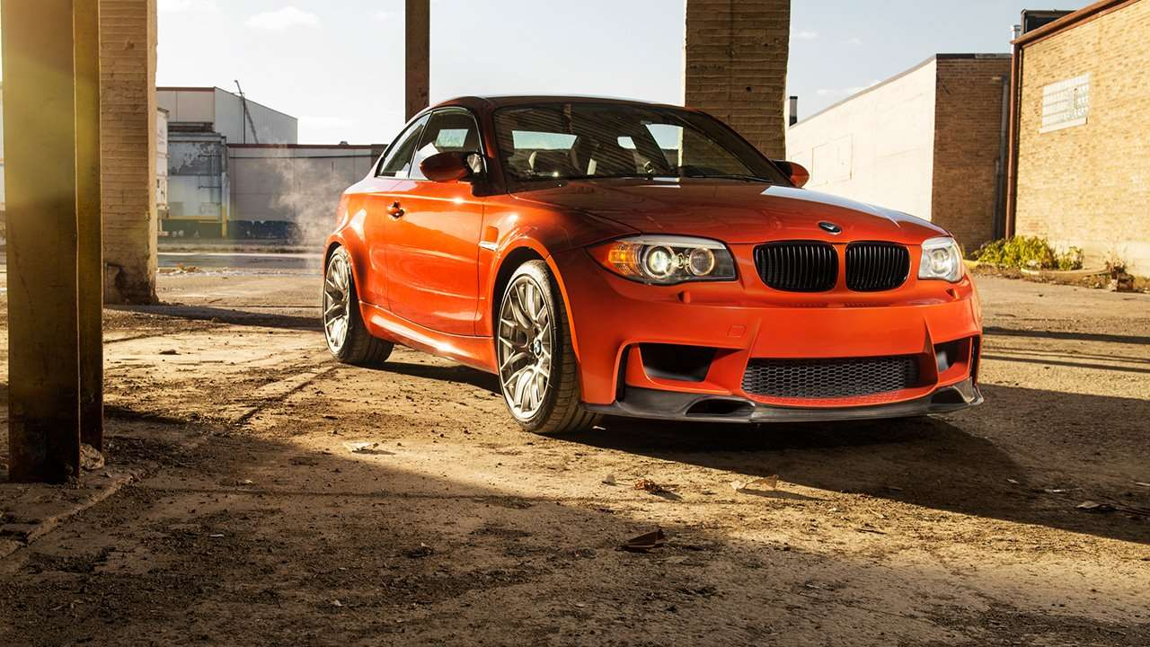 BMW 1M Coupe фото спереди