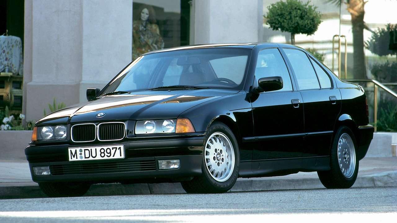 BMW 3-Series e36 фото спереди