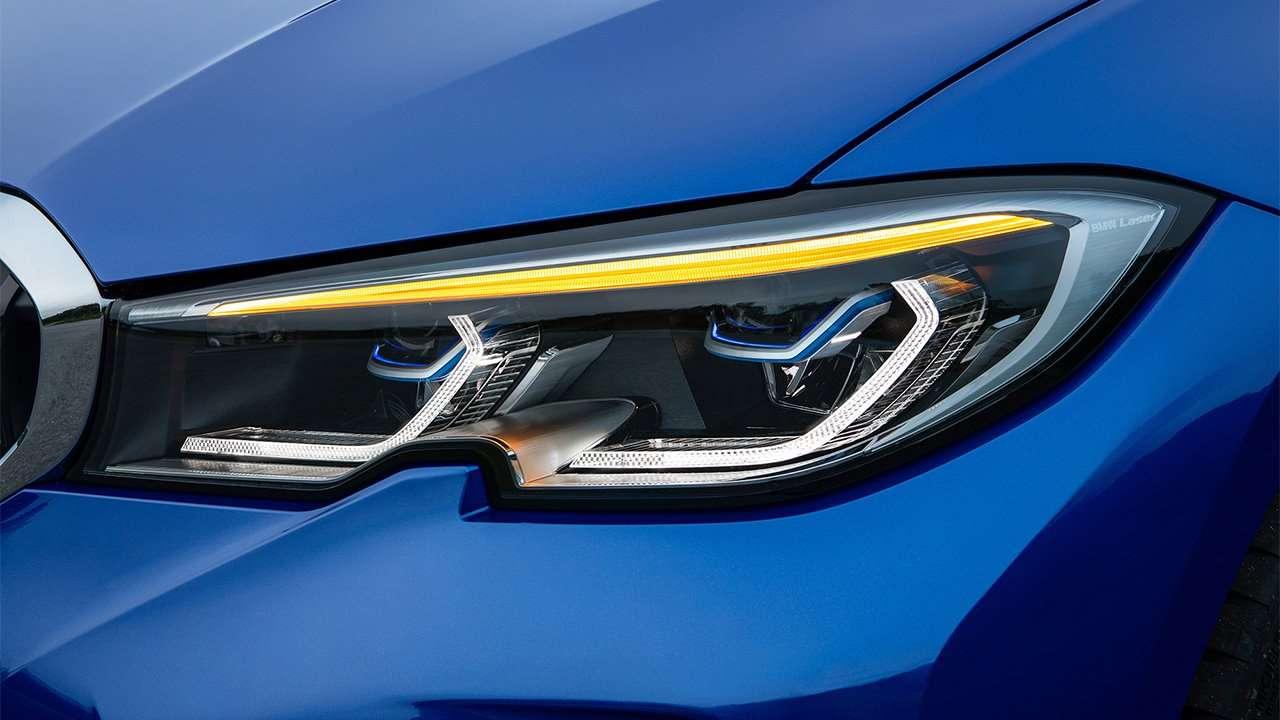 Передгяя фара новой BMW 3-Series