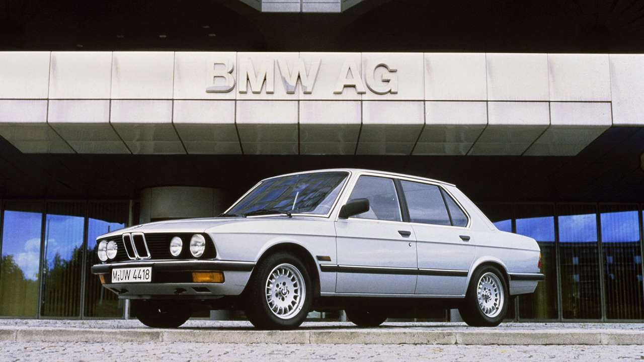 BMW 5-Series e28 фото морды