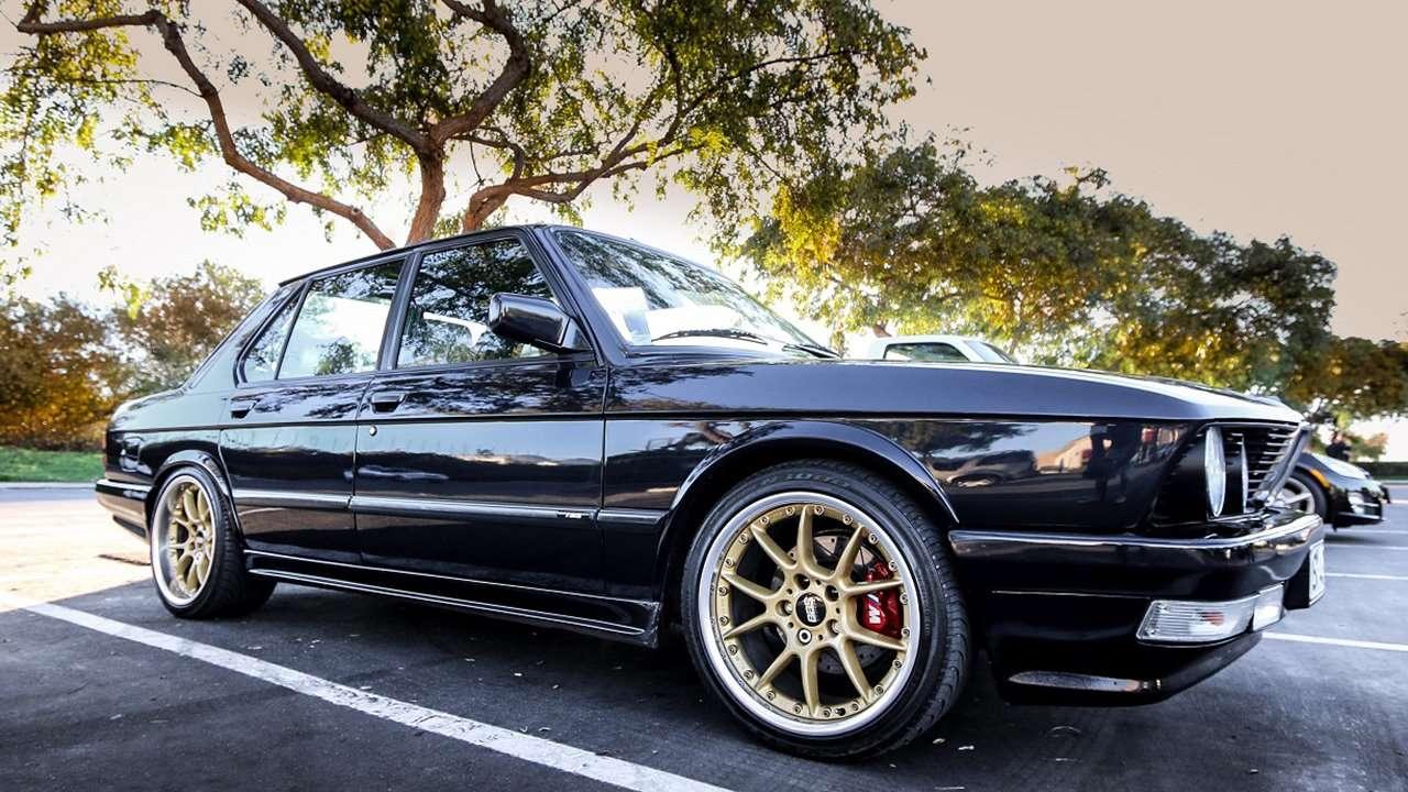 BMW 5-Series e28 боковая часть
